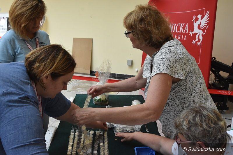Mokrzeszów: Kilometry dobra z udziałem radnych gminy Świdnica