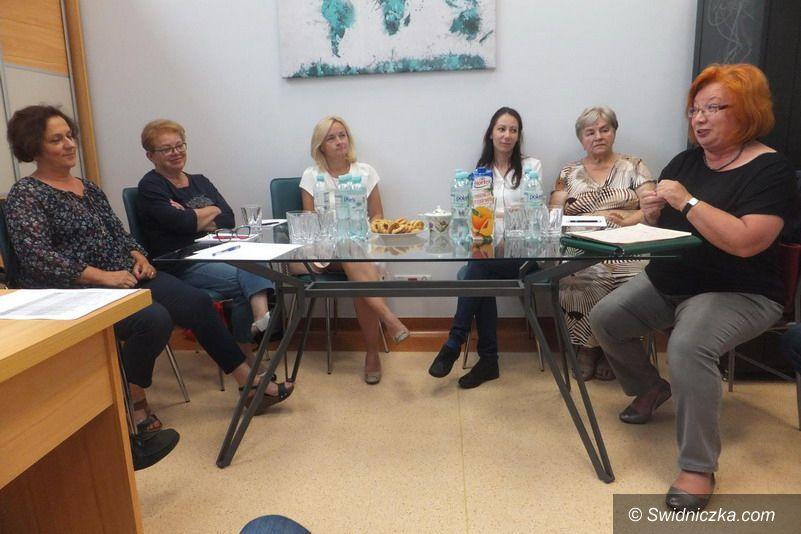 Żarów: Współczesny senior – jakie ma potrzeby?