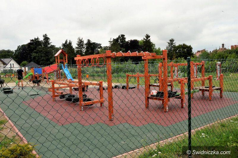 Żarów: Siłownia i nowy plac zabaw prawie gotowe