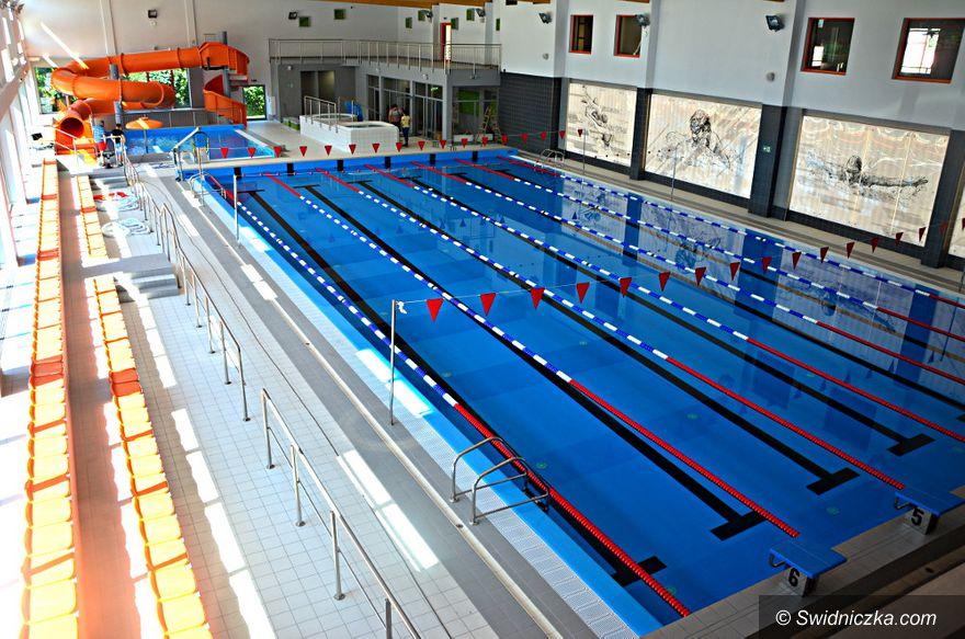 Żarów: Wakacyjna Szkółka Pływacka na start