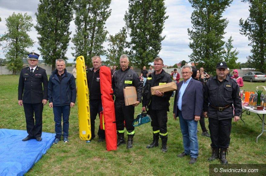 Gmina Strzegom: Sprzęt dla strażaków ochotników