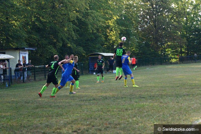 REGION: Piłkarska klasa A: Podgórze podzieliło się punktami ze Słotwiną