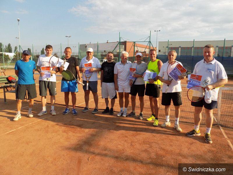 Żarów: Jesienny Turniej Deblowy Tenisa Ziemnego