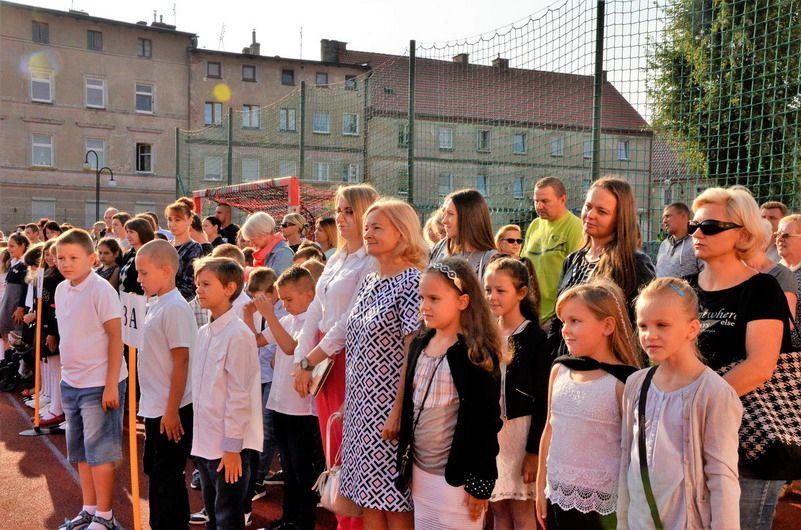 Gmina Żarów: Uczniowie z gminy Żarów rozpoczęli nowy rok szkolny