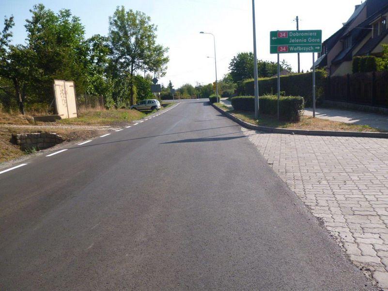 Świebodzice: Kolejne inwestycje w powiatową infrastrukturę drogową