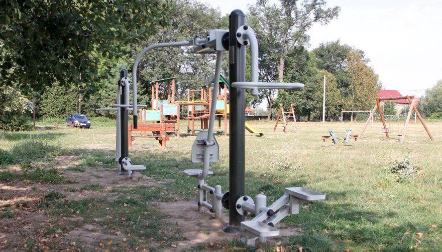 Gmina Dobromierz: Przybywa siłowni plenerowych