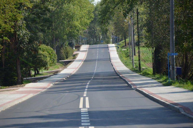 powiat świdnicki: Droga Boleścin – Krzczonów. Ostatni etap remontu zakończony