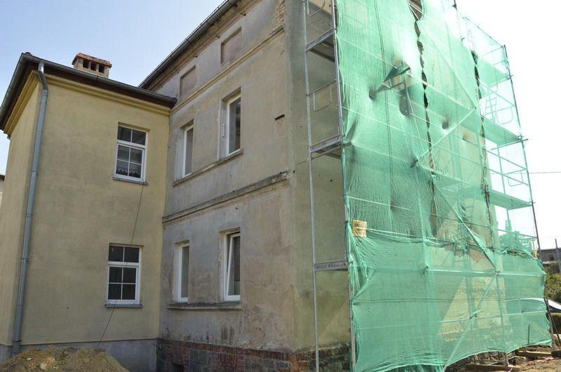 Żarów: Kolejny budynek w remoncie