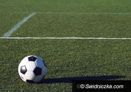REGION: Piłkarska klasa okręgowa: Popis LKS–u Bystrzyca Górna