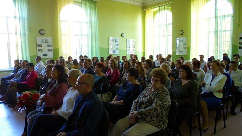 """Strzegom: """"Koncert Życzeń"""" w Zespole Szkół w Strzegomiu"""