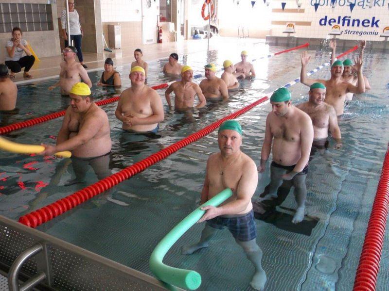 Strzegom: Pierwsze zawody pływackie Warsztatu