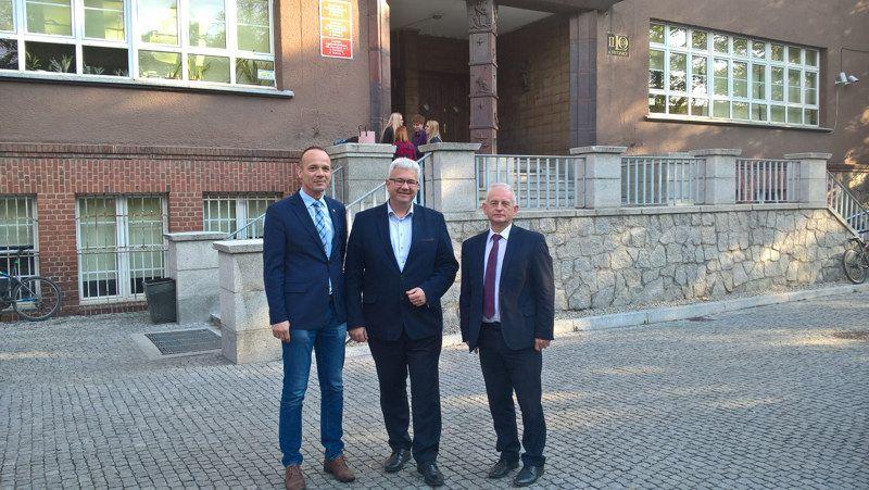 Świdnica/Region: Ponad milion złotych na wspólny projekt edukacyjny