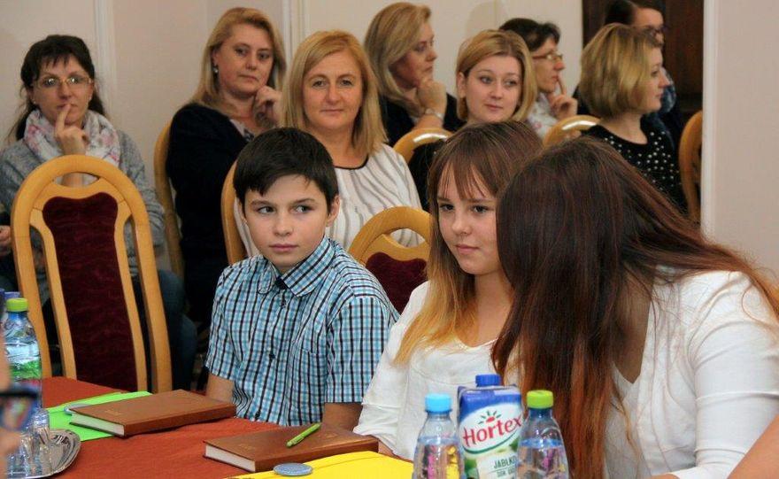 Gmina Dobromierz: III kadencja Młodzieżowej Rady w Dobromierzu rozpoczęta
