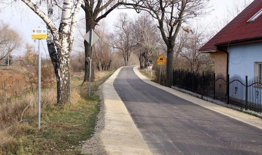 Gmina Dobromierz: Droga Szymanów–Serwinów już otwarta