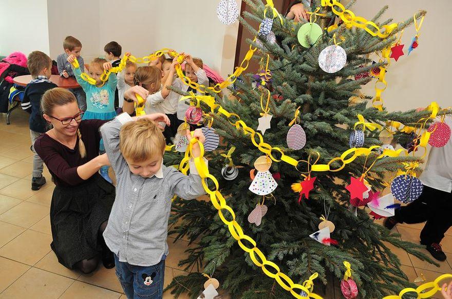 Świdnica: Świąteczny nastrój w Urzędzie Miejskim w Świdnicy