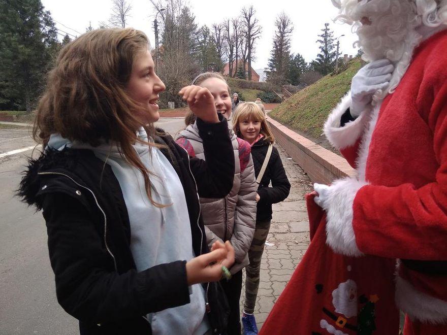 Jaworzyna Śląska: Święty Mikołaj odwiedził gminę Jaworzyna Śląska
