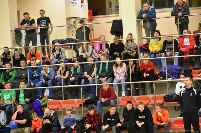 Szczawno-Zdrój: III liga koszykówki mężczyzn: Derby dla IgnerHome Polonia Świdnica