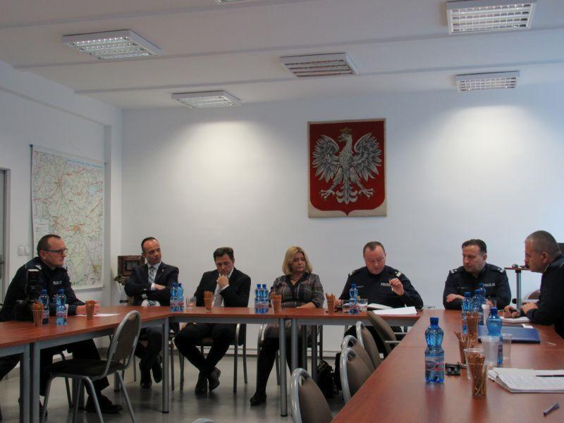 Świdnica/powiat świdnicki: Odprawa roczna w Komendzie Powiatowej Policji w Świdnicy