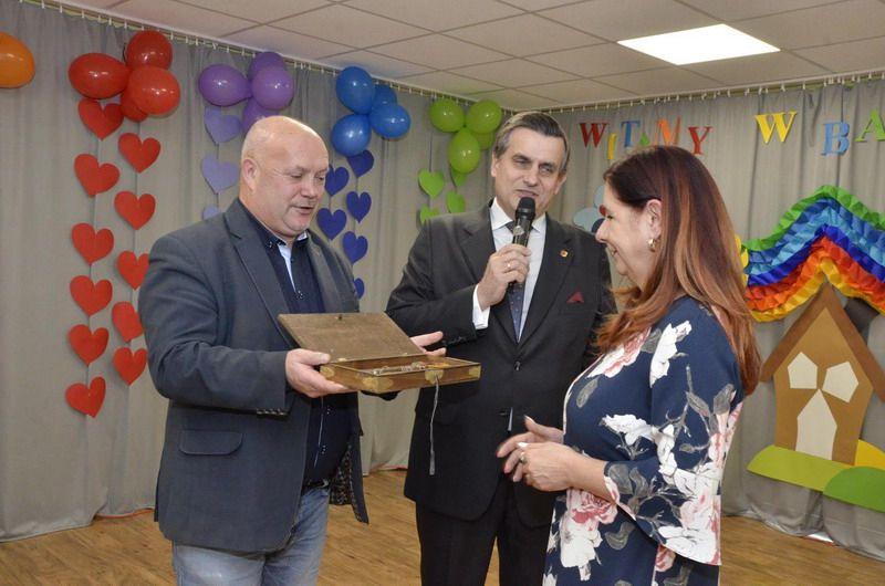 """Żarów: Żłobek Miejski """"Bajkowa Kraina"""" w Żarowie oficjalnie otwarty"""