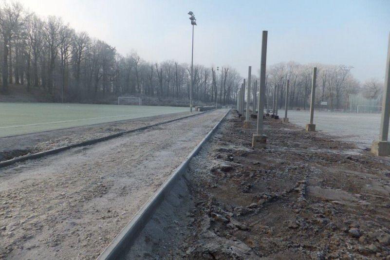 Żarów: Kolejny etap prac na żarowskim stadionie