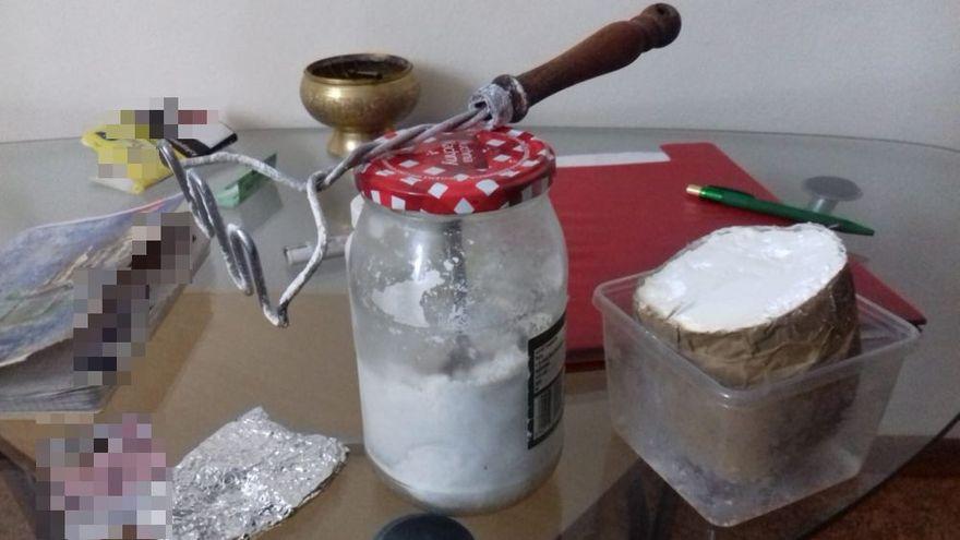 powiat świdnicki: Policjanci przechwycili ponad 8600 porcji narkotyków