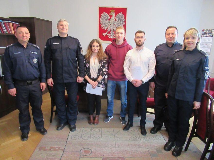 Świdnica: Komenda Powiatowa Policji w Świdnicy przyjęła w swoje szeregi nowych policjantów