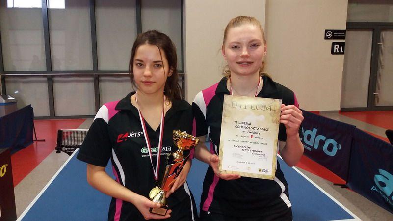 Świdnica: Złote medale dla dziewcząt z II LO