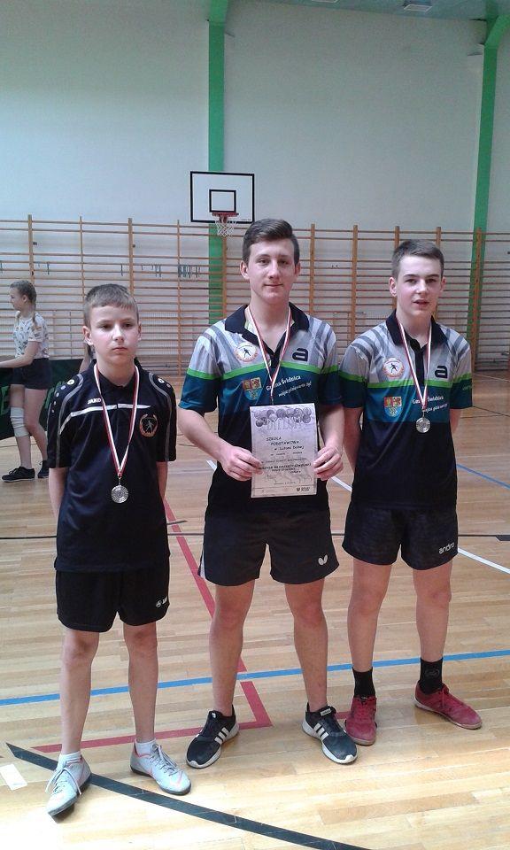 Lutomia Dolna: Podwójny sukces młodych tenisistów