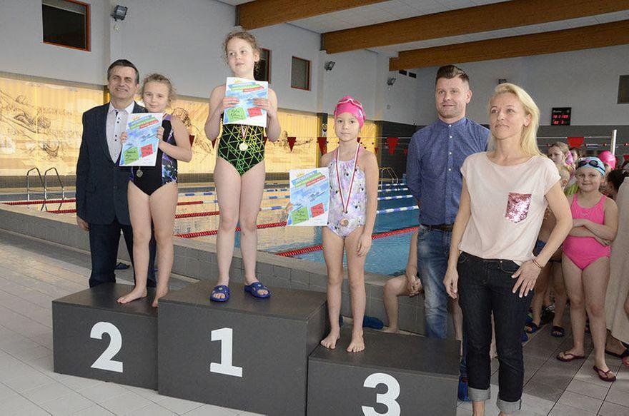 Żarów: VI Mistrzostwa Gminy Żarów Szkół w Pływaniu