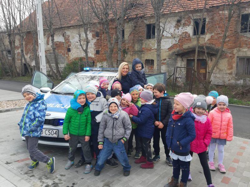 Bystrzyca Górna: Funkcjonariusze policji w z wizytą w Przedszkolu w Bystrzycy Górnej