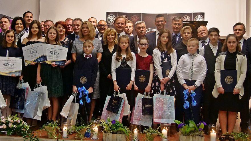 Krzyżowa: Najzdolniejsi młodzi muzycy nagrodzeni stypendiami