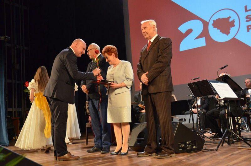 powiat świdnicki: 20 lecie samorządu powiatowego