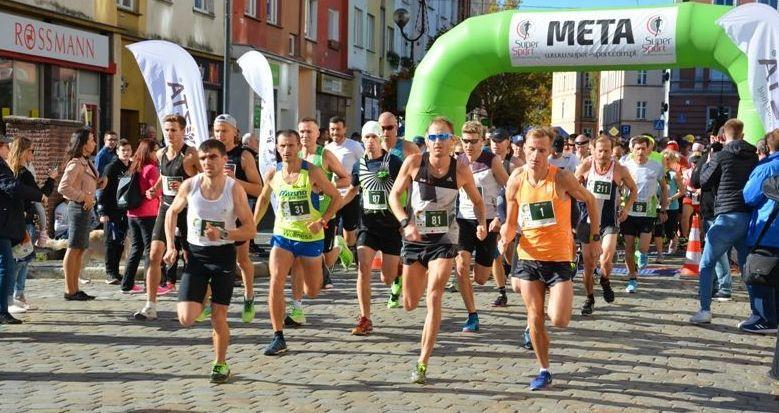 Strzegom: Pobiegli w Półmaratonie
