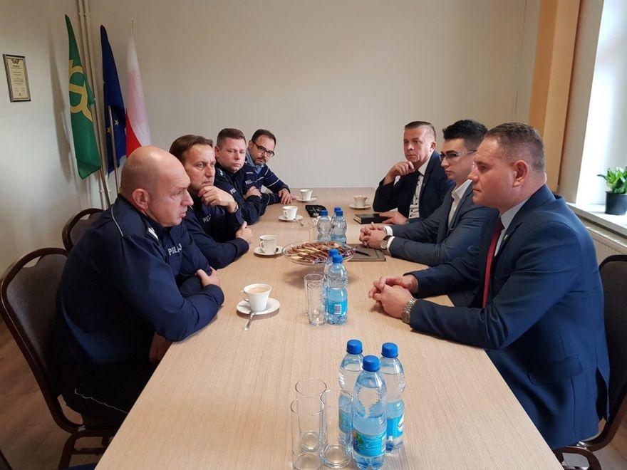 Gmina Marcinowice: Spotkanie z funkcjonariuszami