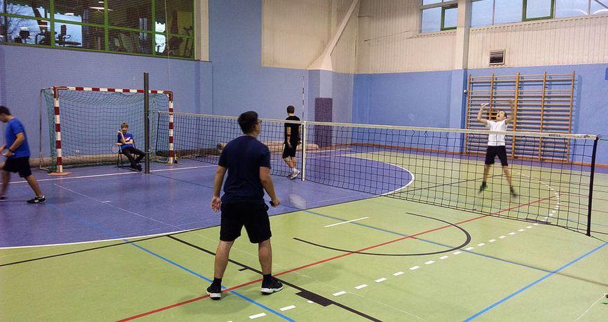 Strzegom: Grali w badmintona