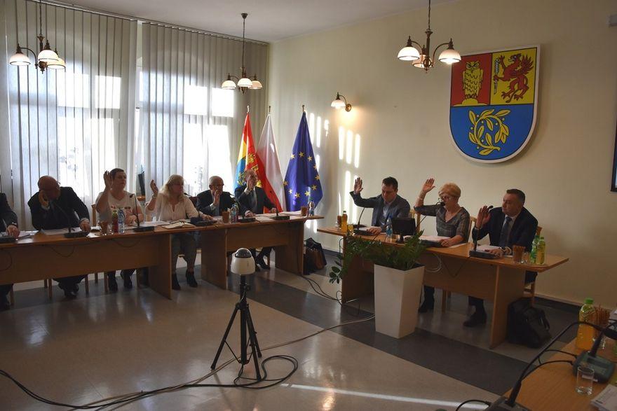 Gmina Świdnica: Gmina z budżetem