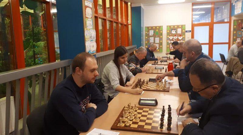 Żarów: Liga szachowa