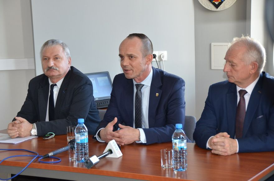 powiat świdnicki: Drogowe inwestycje