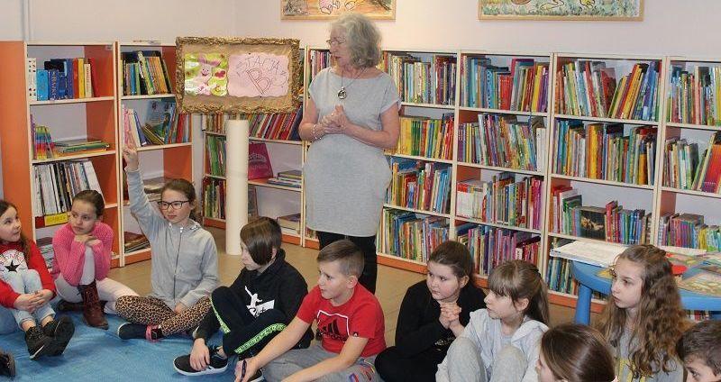 Strzegom: Wizyta w bibliotece