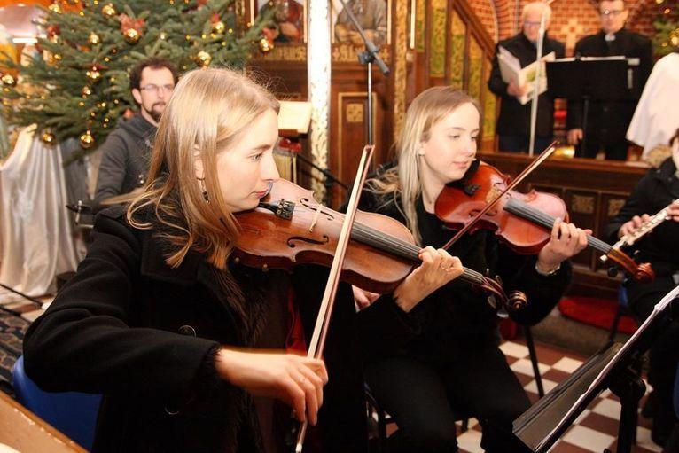 Żarów: Koncert w kościele