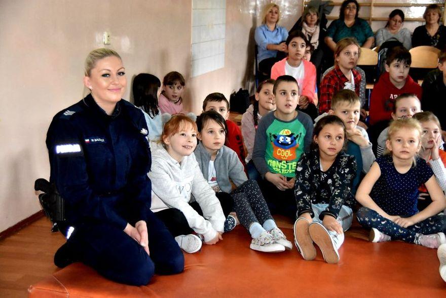 powiat świdnicki: Uczą bezpieczeństwa