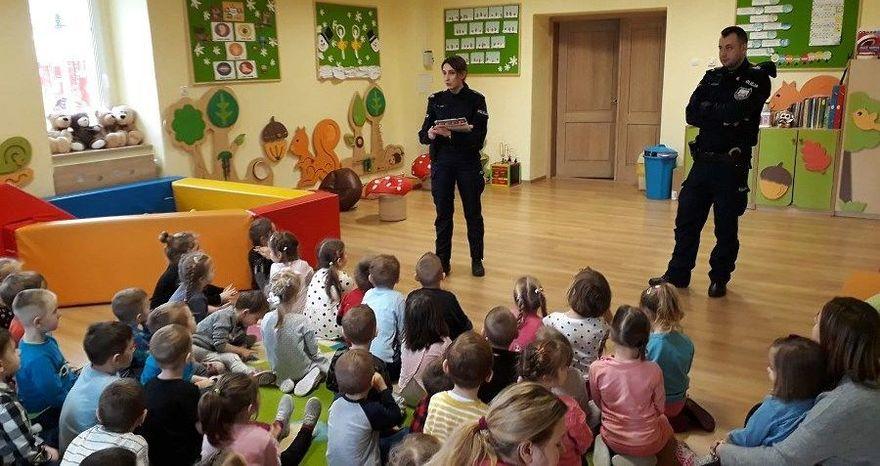 Jaroszów: Profilaktycznie dla uczniów