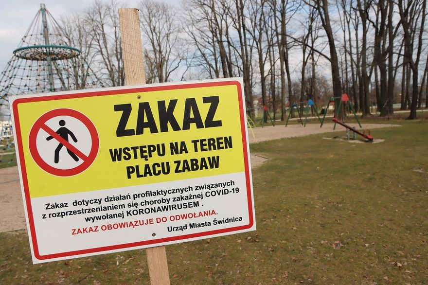Świdnica: Zamknięte place