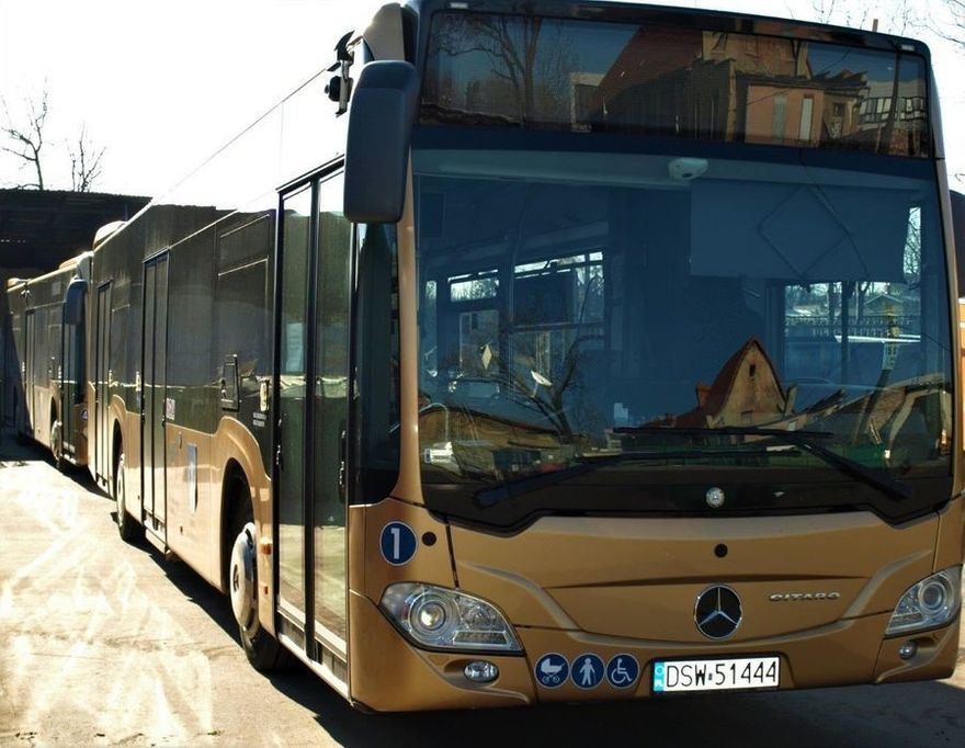 Świebodzice: Ograniczenia w autobusach