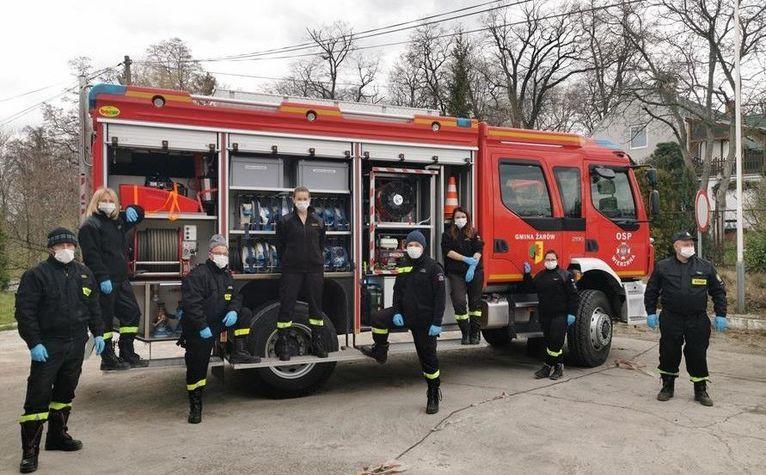 Gmina Żarów: Strażacy pomagają