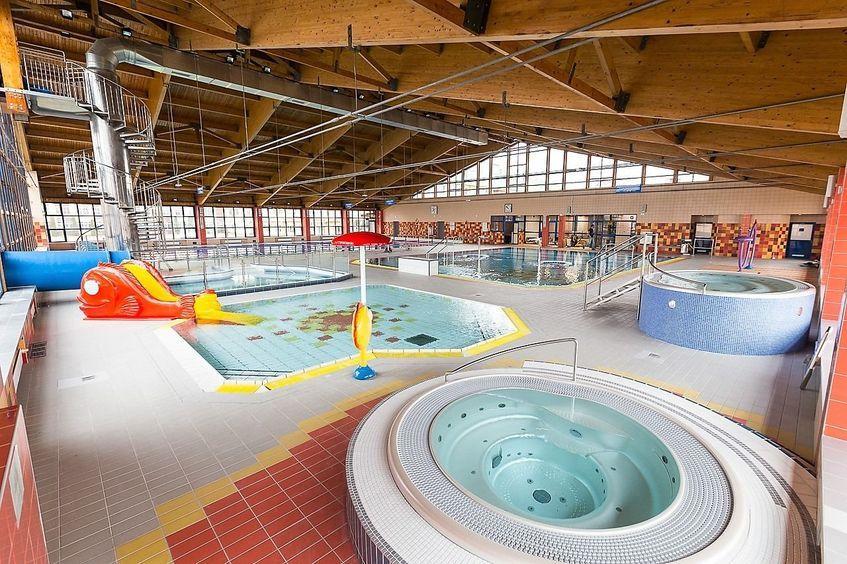 Świebodzice: Na basen do Świebodzic