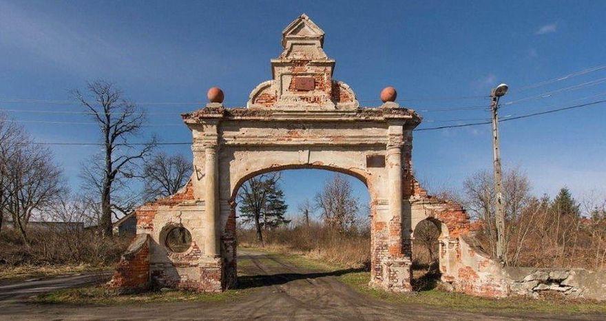 Stanowice: Ochronić przed ruiną