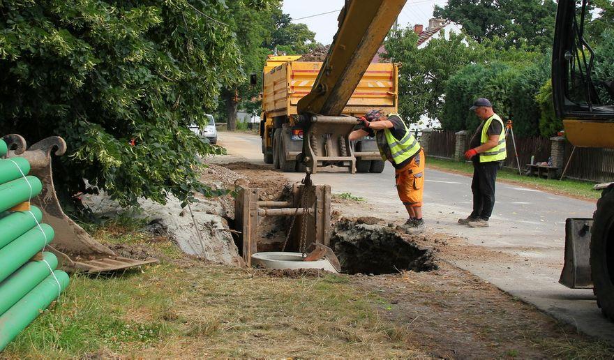 Gmina Dobromierz: Budowa trwa