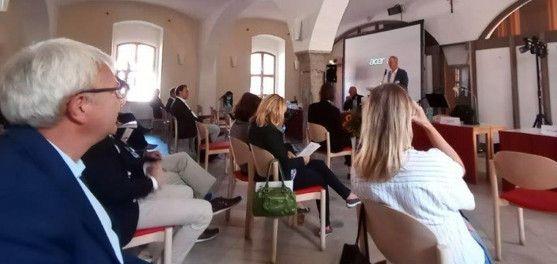 Świdnica/powiat świdnicki: Edukacyjne projekty