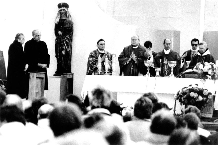 Krzyżowa: Rocznica mszy pojednania